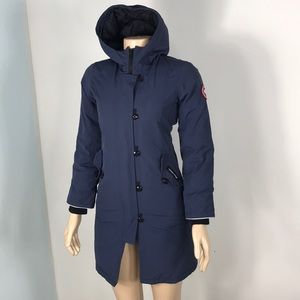 🇨🇦 Canada Goose Coat size youth Medium ❄️❄️❄️